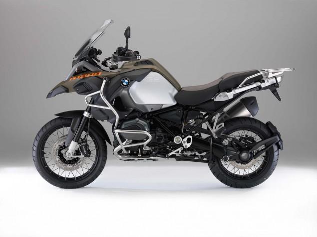 2014-BMW-R1200GS-Adventure-studio-01