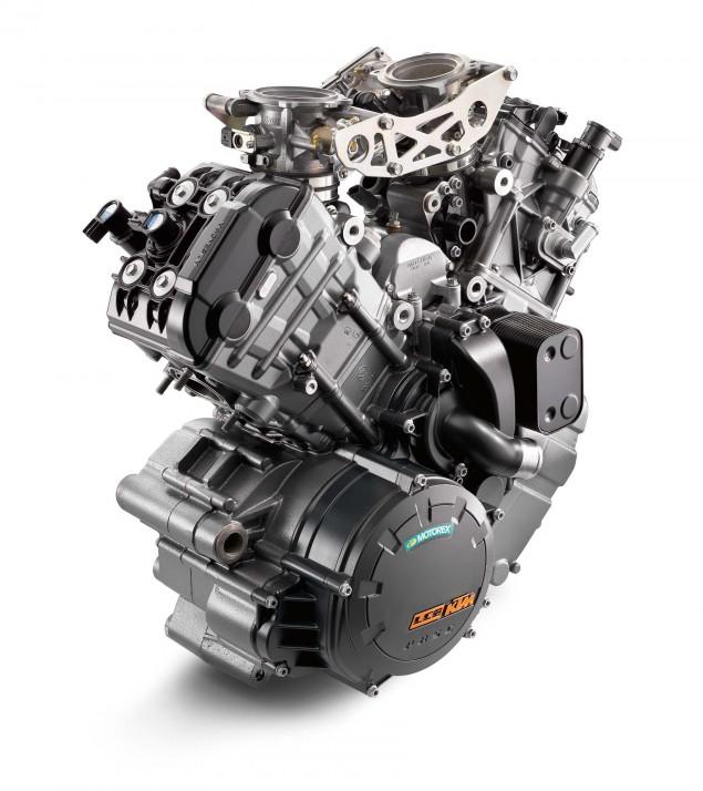 2014-KTM-1290-Super-Duke-R-engine-02