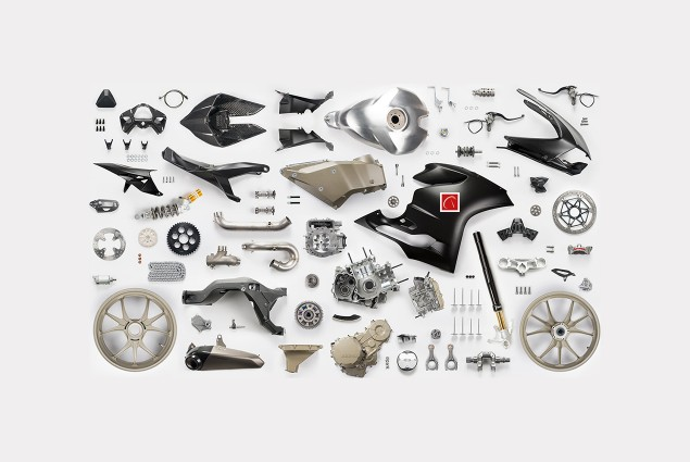 Ducati-1199-Panigale-R-Superleggera-leak-18