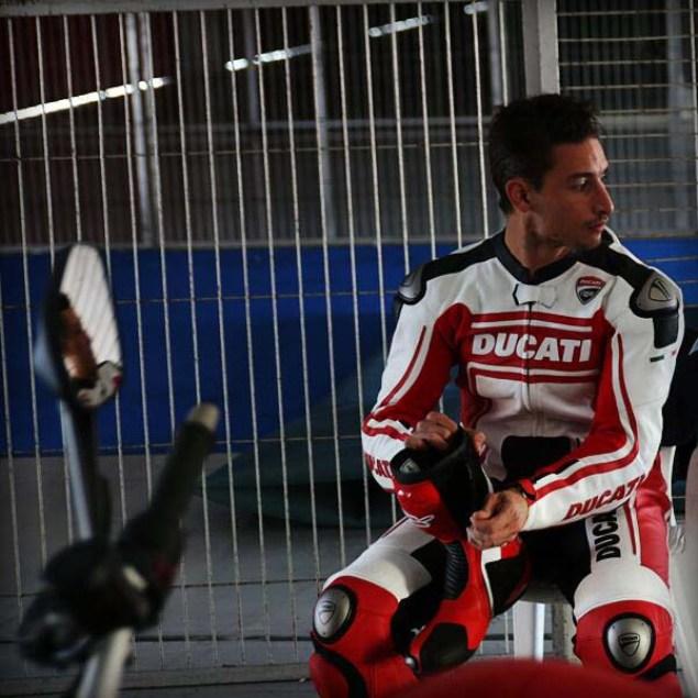 Ducati-Monster-EICMA-teaser-05