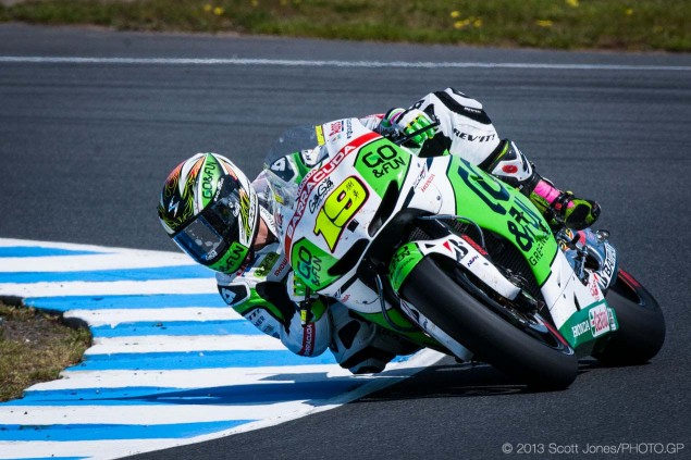 Saturday-Phillip-Island-MotoGP-2013-Scott-Jones-07