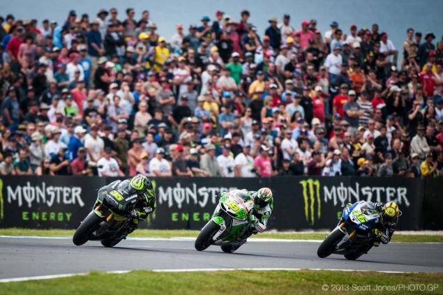 Sunday-Phillip-Island-Australian-GP-MotoGP-2013-Scott-Jones-03