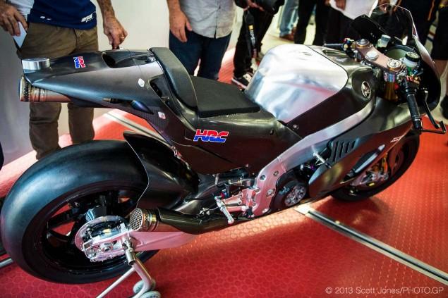 2014-Honda-RCV1000R-produciton-racer-motogp-Scott-Jones-06