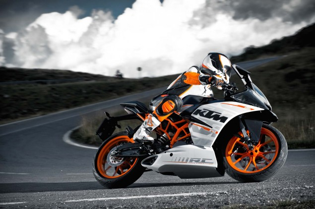 2014-KTM-RC390-07