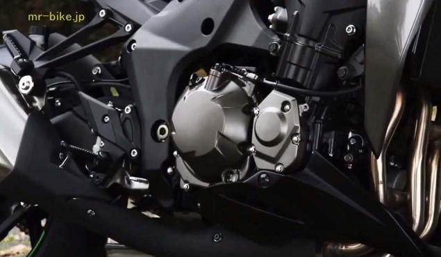 2014-Kawasaki-Z1000-video-leak-07