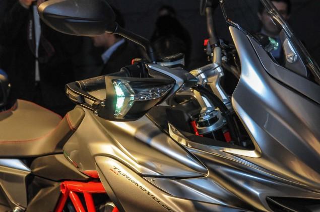 2014-MV-Agusta-Turismo-Veloce-800-09