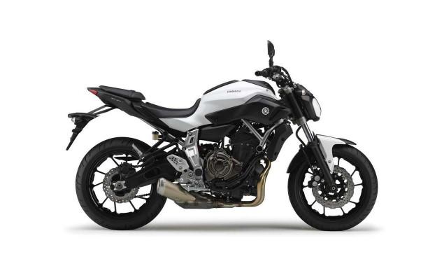 2014-Yamaha-MT-07-06