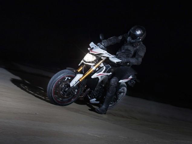 2014-Yamaha-MT-09-Street-Rally-Valentino-Rossi-02