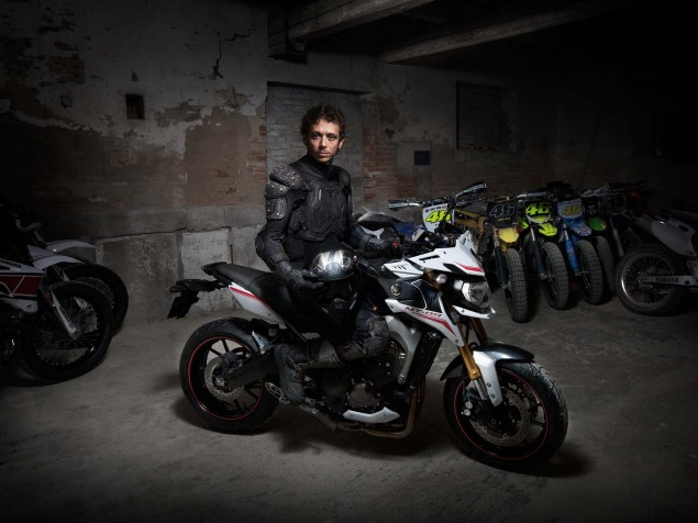 2014-Yamaha-MT-09-Street-Rally-Valentino-Rossi-05