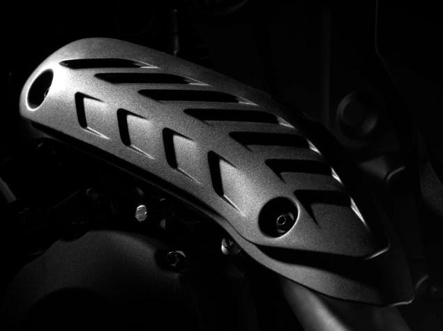 2104-Ducati-Monster-1200-S-19