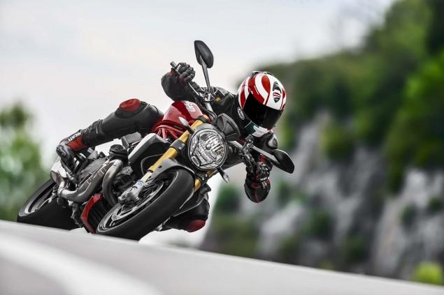 2104-Ducati-Monster-1200-S-27