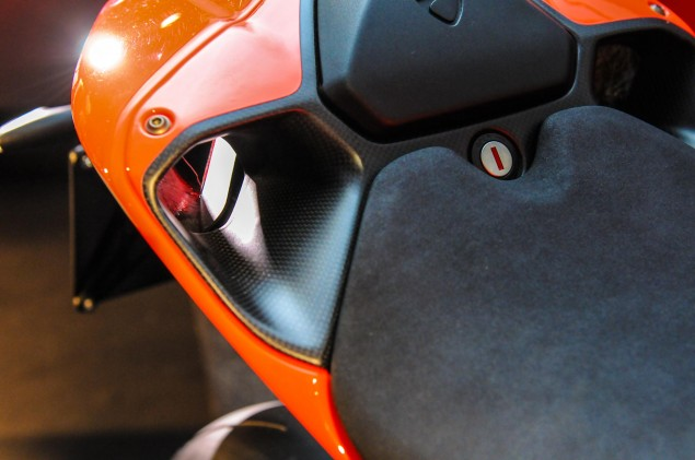 Ducati-1199-Superleggera-EICMA-detail-29