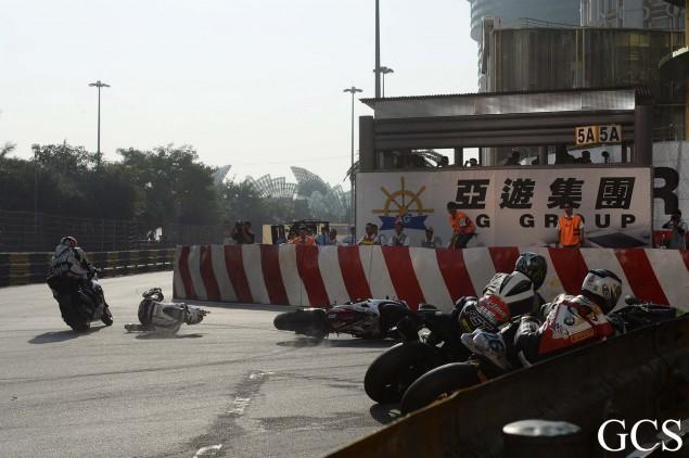 Macau-GP-crash-10