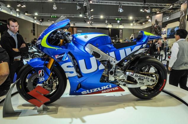 Suzuki-MotoGP-race-bike-EICMA-18
