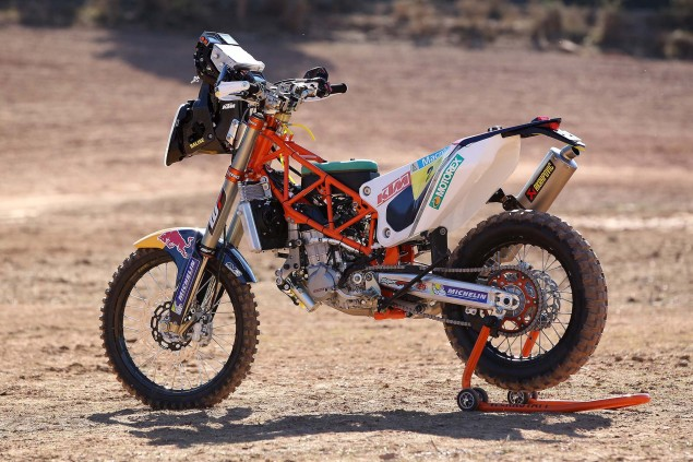 2014-KTM-450-Rally-race-bike-01