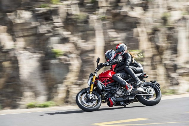 2014-Ducati-Monster-1200-action-45
