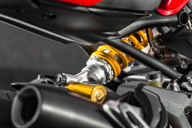 Ducati-Monster-1200-S-review-Iwan-van-der-Valk-12