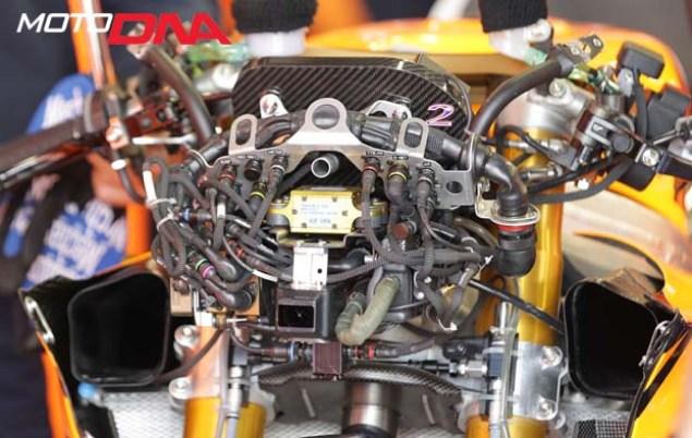 motodna-throttle-05