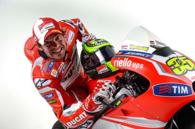 2014-Ducati-Corse-MotoGP-Cal-Crutchlow-09