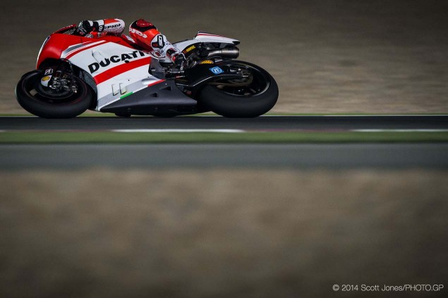 2014-Qatar-GP-MotoGP-Friday-Scott-Jones-12
