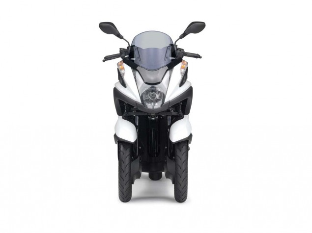 Yamaha-Tricity-LMW-scooter-04