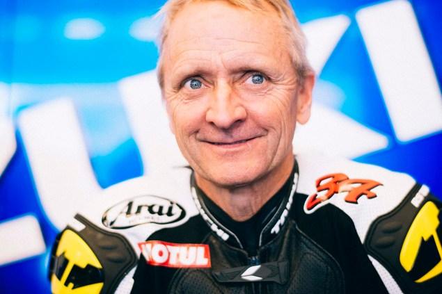 Kevin-Schwantz-Randy-de-Puniet-Suzuki-XRH-1-MotoGP-COTA-test-03