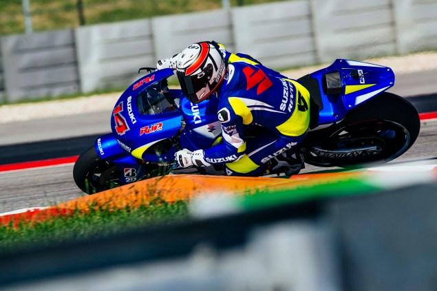 Kevin-Schwantz-Randy-de-Puniet-Suzuki-XRH-1-MotoGP-COTA-test-09