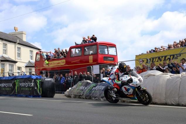2014-Isle-of-Man-TT-Creg-ny-Baa-Richard-Mushet-01