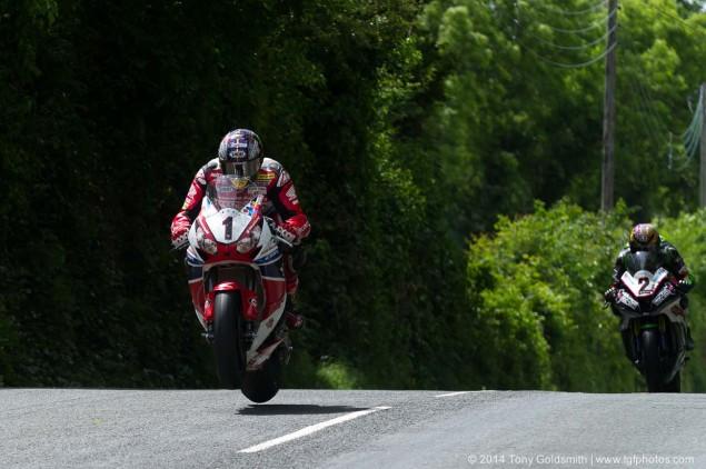 2014-Isle-of-Man-TT-Ballacrye-Tony-Goldsmith-02