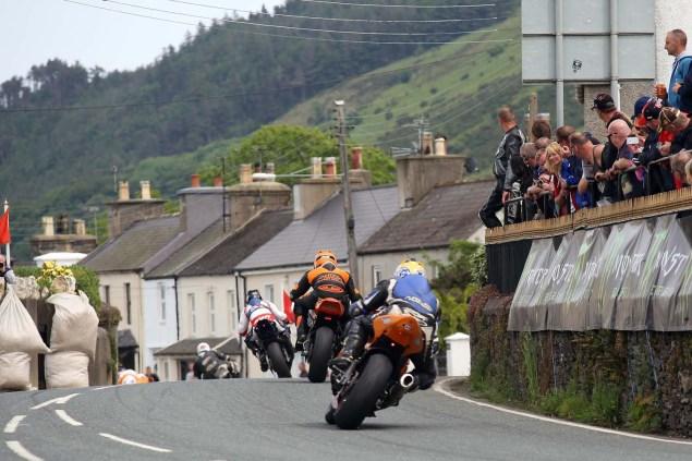 2014-Isle-of-Man-TT-Ballaugh-Bridge-Richard-Mushet-04