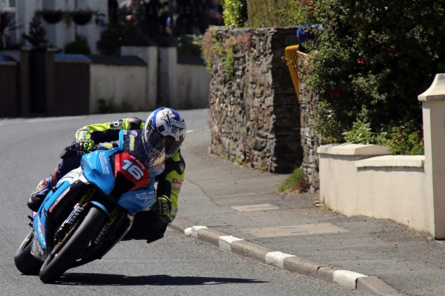2014-Isle-of-Man-TT-Ballaugh-Richard-Mushet03