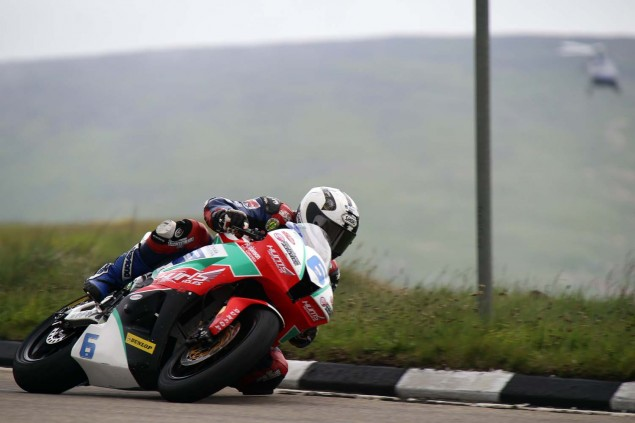 2014-Isle-of-Man-TT-Bungalow-Richard-Mushet-02
