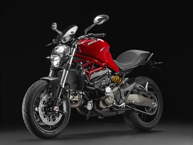 2015-Ducati-Monster-821-49