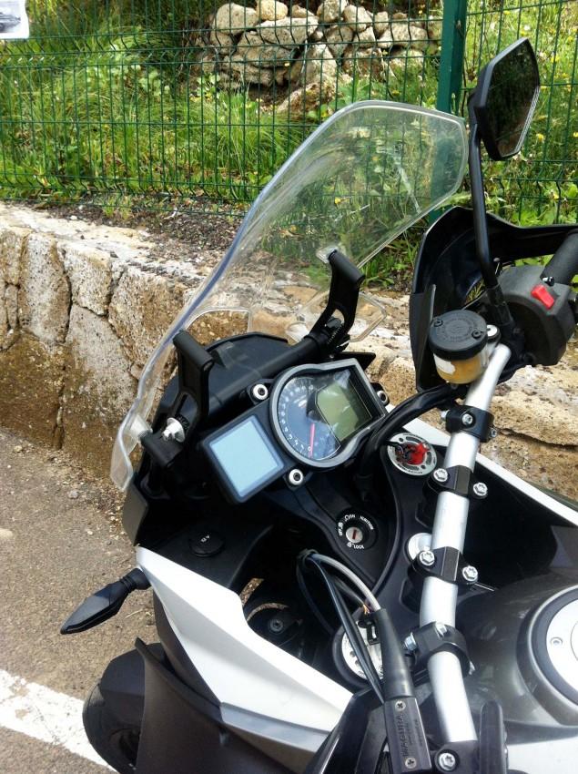 2015-KTM-1190-Adventure-09