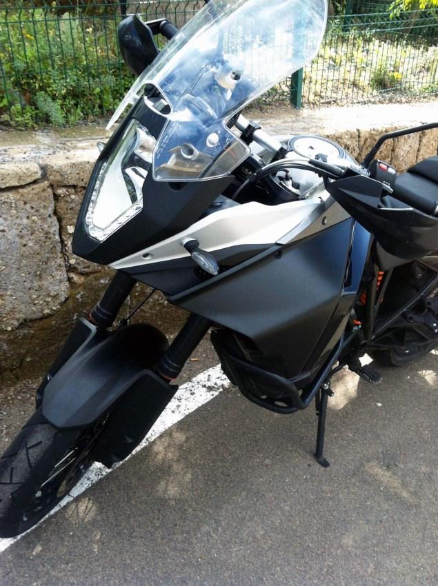 2015-KTM-1190-Adventure-10