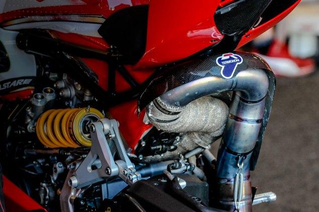 ducati-wsbk-shock-termi-exhaust-jensen-beeler