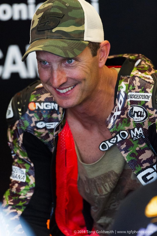 Saturday-Indianapolis-MotoGP-Indianapolis-GP-Colin-Edwards-Tony-Goldsmith-6