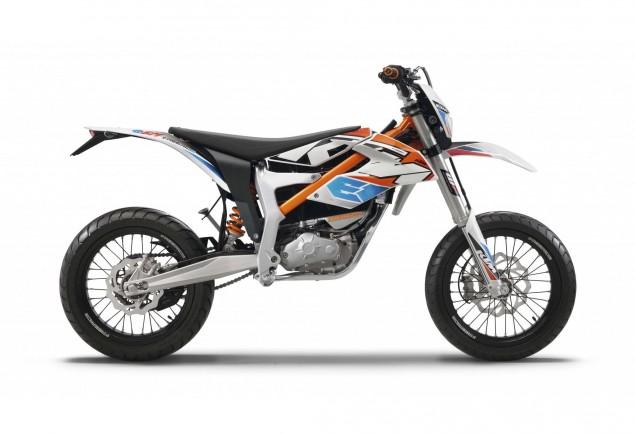 2015-KTM-Freeride-E-SM-05