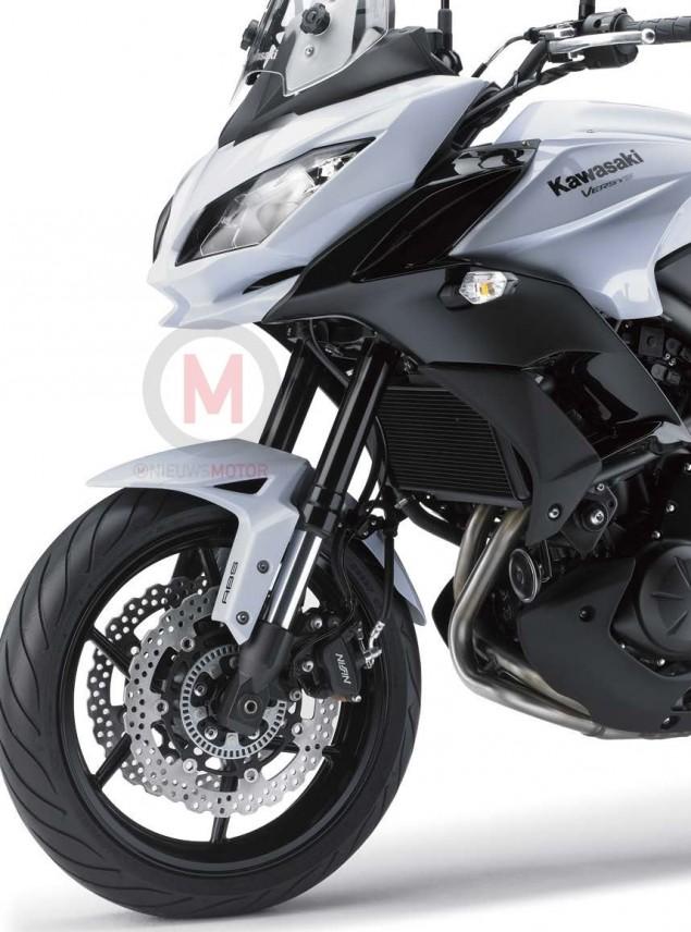 2015-Kawasaki-Versys-650-2