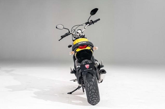 Ducati-Scrambler-up-close-26