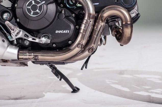 Ducati-Scrambler-up-close-30