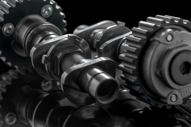Ducati-testastretta-DVT-Desmodriomic-valve-timing-07