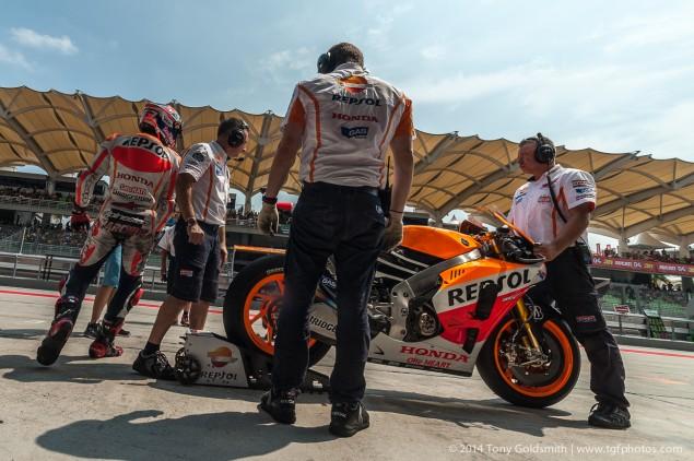 Saturday-Sepang-MotoGP-Malaysian-Grand-Prix-Tony-Goldsmith-14