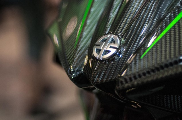 kawasaki-ninja-h2r-up-close-1