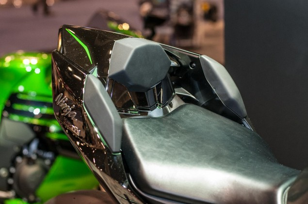 kawasaki-ninja-h2r-up-close-17