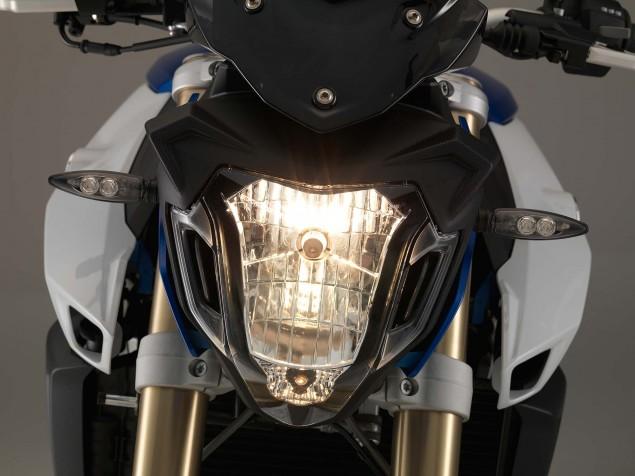 2015-BMW-F800R-studio-04