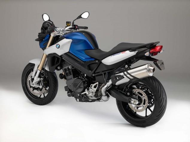 2015-BMW-F800R-studio-25