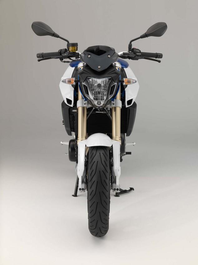 2015-BMW-F800R-studio-46