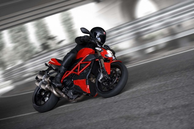 2015-Ducati-Streetfighter-848-01