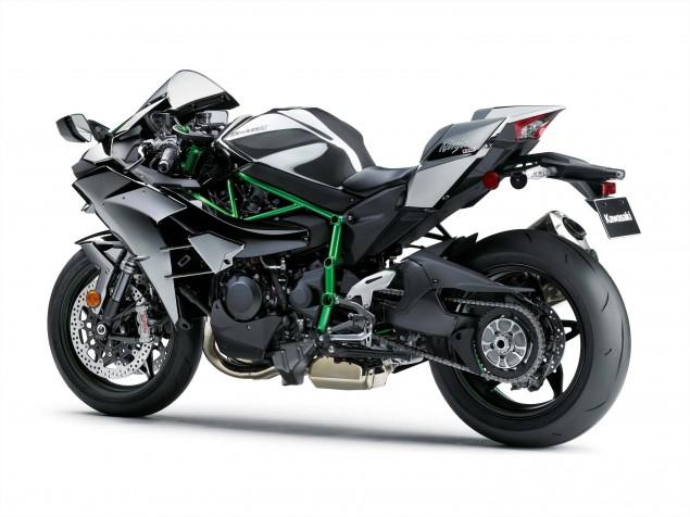 2015-Kawasaki-Ninja-H2-27